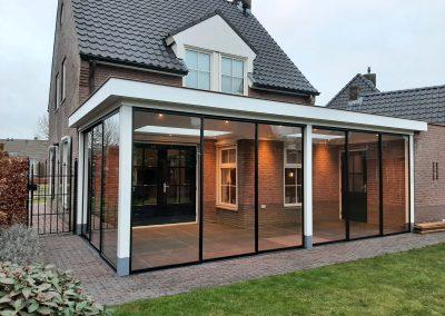 veranda modern 22 met steel look schuifdeuren